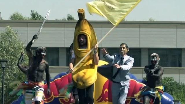 Guardian: Русские вновь оскорбили Обаму «убегающим» бананом