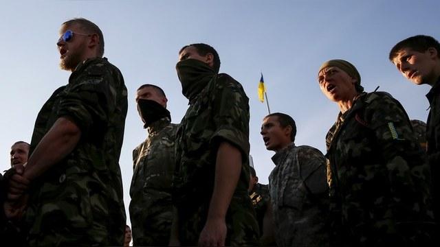 Times: Боевики-националисты вышли из-под контроля Киева