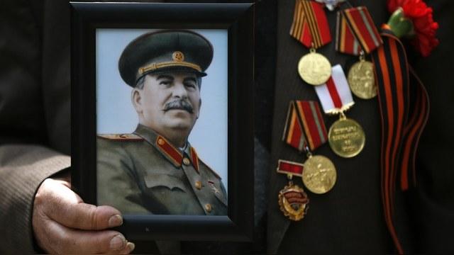 Time: Сталин вошел в десятку богачей всех времен и народов