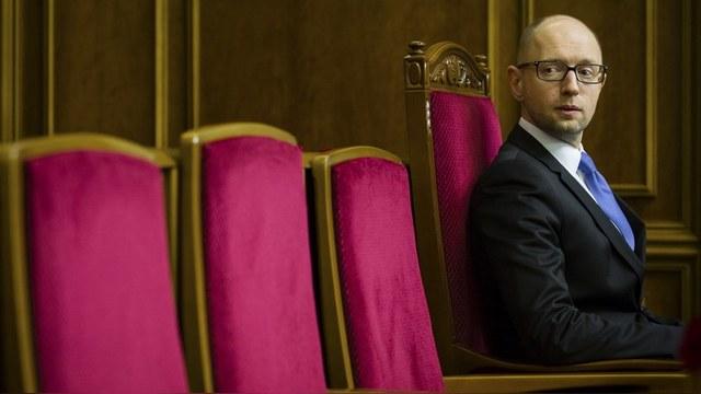 Яценюк предложил сажать в тюрьму за долги по коммуналке