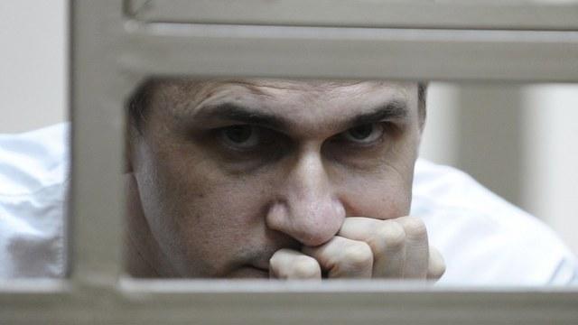 BBC: Россия подозревает Сенцова не только в терроризме