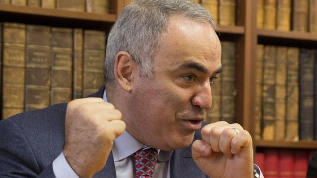 Каспаров раскритиковал стратегию Ходорковского
