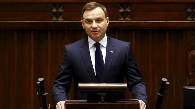 Bild: Польша откажет ближневосточным беженцам, так как ждет украинских