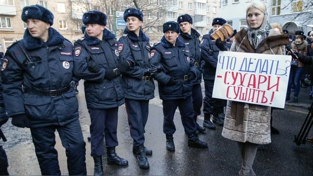 Les Echos: Чиновники-воры возмущают россиян больше, чем война на Украине
