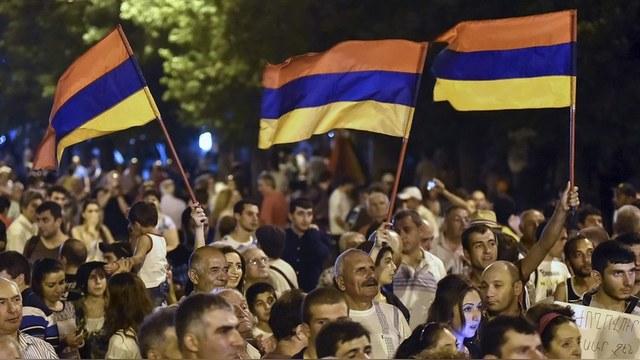 Radio Free Europe: Новый «электромайдан» в Ереване полиция разогнала за 15 минут