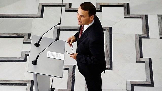 Радослав Сикорский: Россия — ревизионист, готовый применять силу