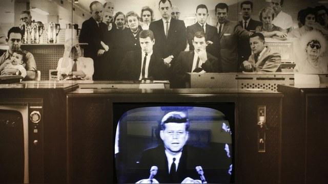 Washington Times: Убийца Джона Кеннеди планировал бежать в СССР через Кубу