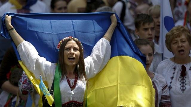 Times: Проблемы Греции – курорт по сравнению с борьбой Киева за выживание