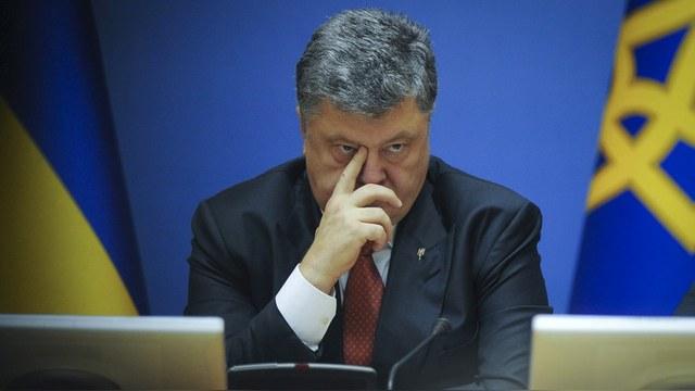 Указ Порошенко о санкциях против России вступил в силу