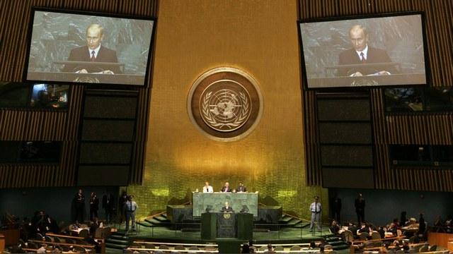 Financial Times: Путин не Хрущев - он не станет в ООН стучать башмаком по столу