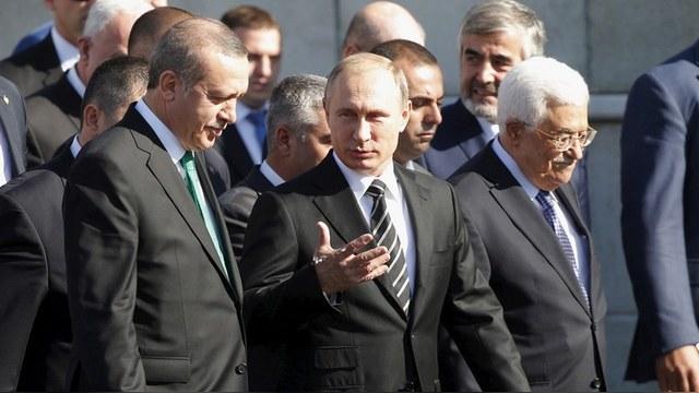 Le Monde: Путин ловко вышел из изгоев, хотя у него нет ресурсов против ИГ