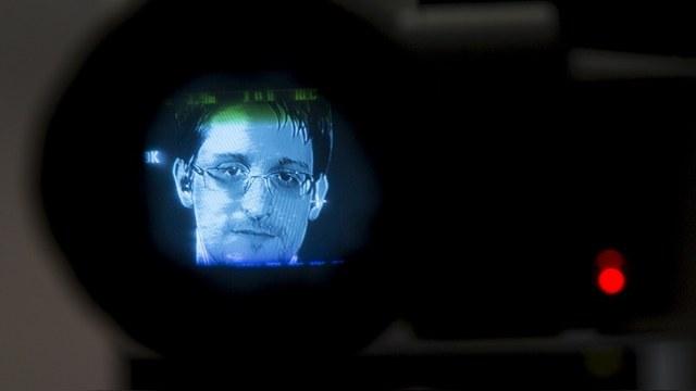 Welt: Сноудену лучше быть похищенным пришельцами, чем прозябать в России