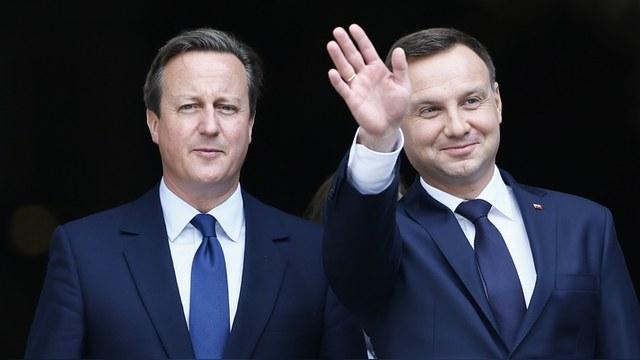 HuffPost: США «наняли» польских ксенофобов для борьбы с Россией