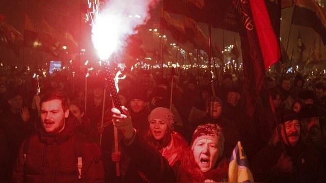 Contra Magazin: Немецкие СМИ молчат о фашистских паломничествах украинцев