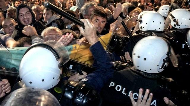 SZ: Премьер-министр Черногории получил «майдан» за попытку вступить в НАТО