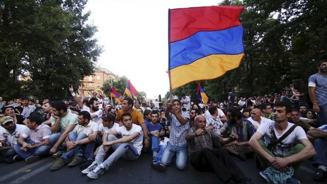 Stratfor: Российский якорь не дает Армении уйти в свободное плавание