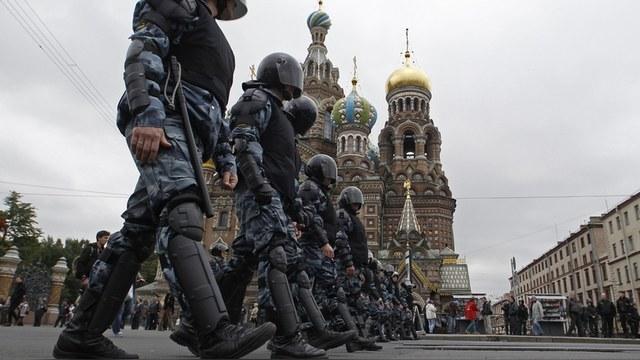 FAZ: Россия стала страной «вежливых людей» и «алчных священников»