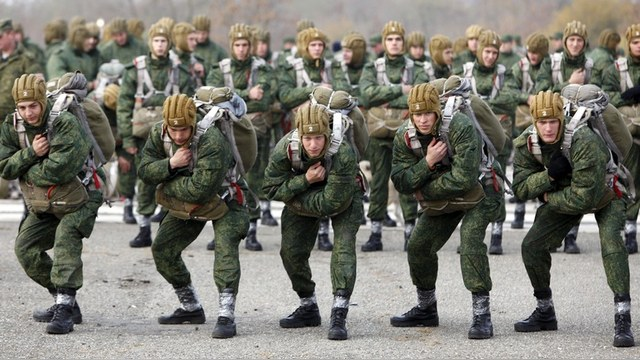 Forbes: Армия «некомпетентной и бедной» России даст фору США