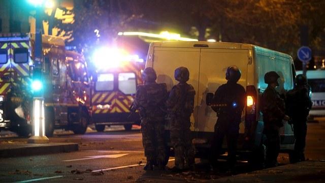 Десятки убитых в результате взрывов и стрельбы в Париже