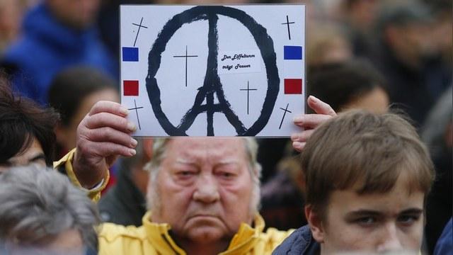 OpEd News: Соцсети оплакивают Париж, но совсем забыли о российском самолете