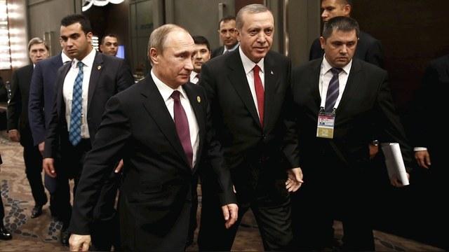 Политолог: Теракты ИГ и газовая стратегия сделали Путина «звездой» G20