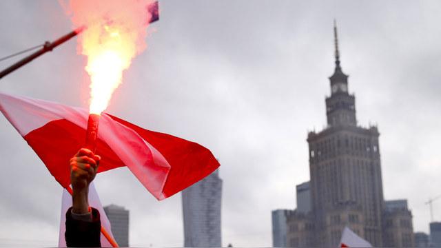 OP: В случае войны с Россией Польшу «защитят» ядерной бомбой