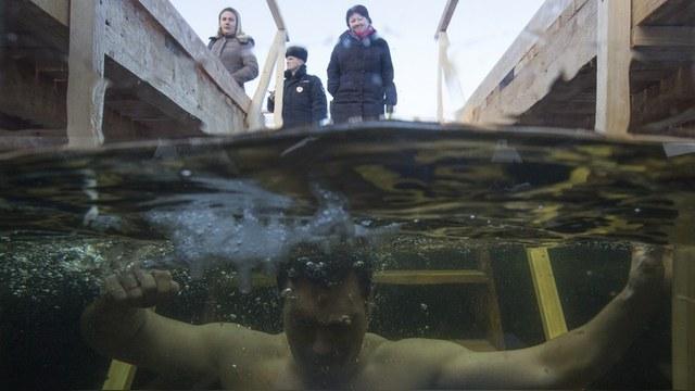 Le Monde: Пока россияне полощут белье в реках, им далеко до Запада