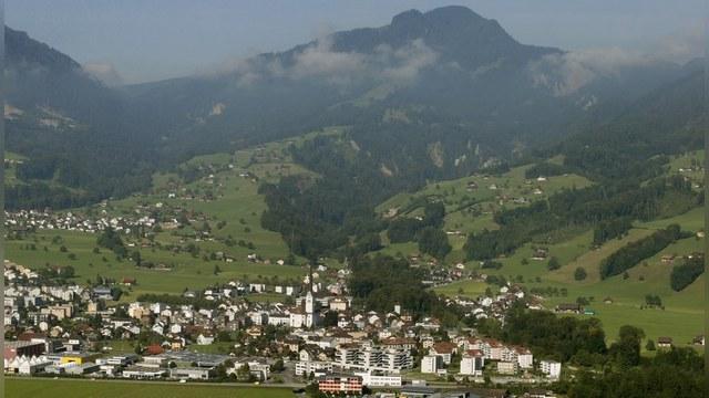BBC: В Швейцарской деревне не любят вспоминать свое «ленинское прошлое»