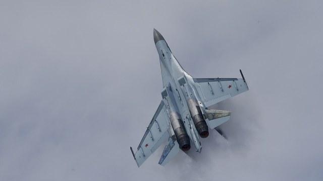 CNBC: Новинку Су-35 Россия продает Китаю не от хорошей жизни