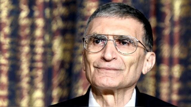 Нобелевский лауреат-турок: Да наставит Аллах безумного Путина на путь истинный