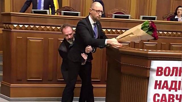 Яценюк прокомментировал драку в Раде: «Дебилов много»