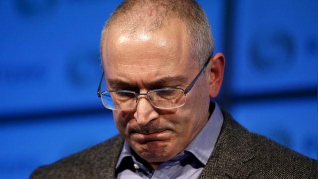 Bloomberg: Россия заочно обвинила Ходорковского в убийстве