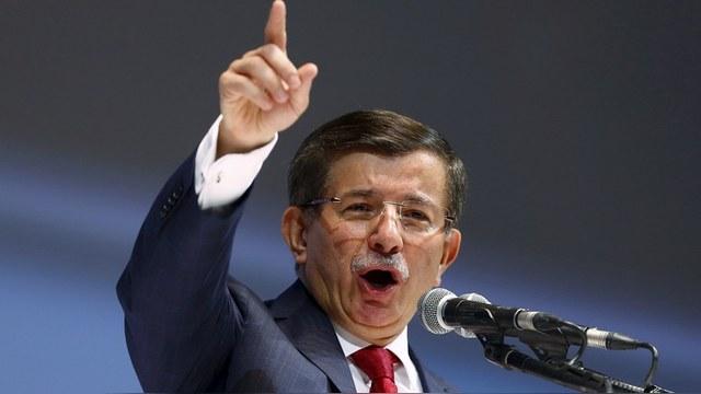 Давутоглу: Визитом в Москву турецкий депутат предал и опозорил Турцию