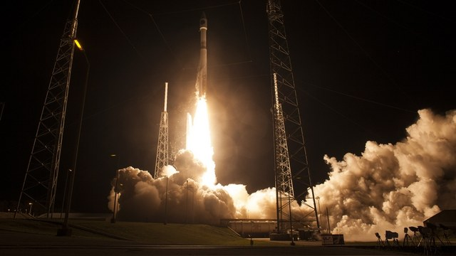 WSJ: США не нашли в себе сил отказаться от российских космических двигателей