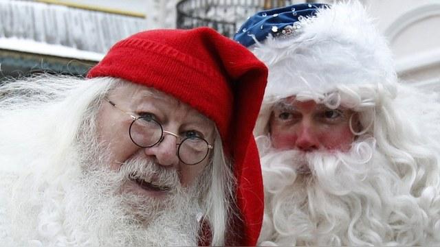 Standard: Санта-Клаус приходит трезвым, а Дед Мороз – со Снегурочкой
