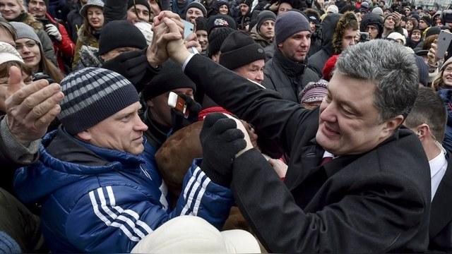Gallup: Рейтинг Порошенко ниже, чем у Януковича накануне «евромайдана»