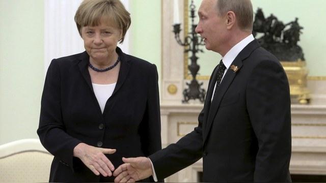 WP: Cделкой с Путиным Меркель предает моральные принципы Германии