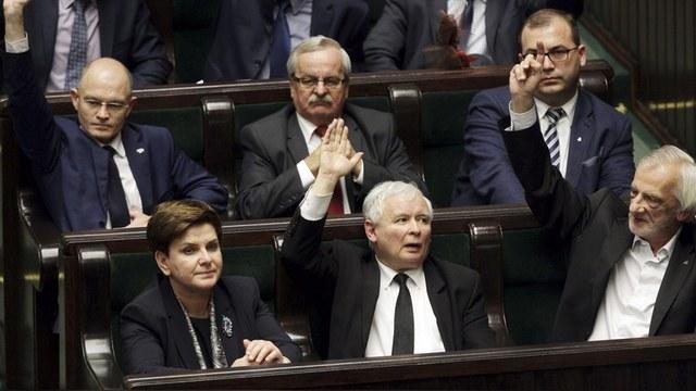 Die Presse: Польша строит автократию по примеру Путина
