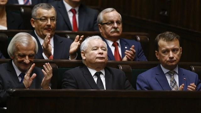 Spiegel: Германия грозит Польше санкциями за отказ от западных ценностей