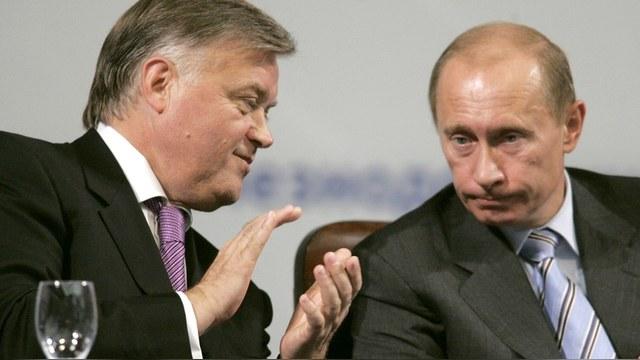 Bloomberg: Якунин посоветовал приближенным Путина «знать свое место»