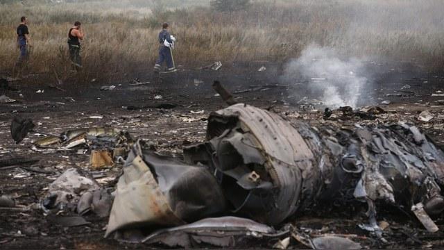 Семьи жертв крушения MH 17 требуют опубликовать данные радиолокаторов