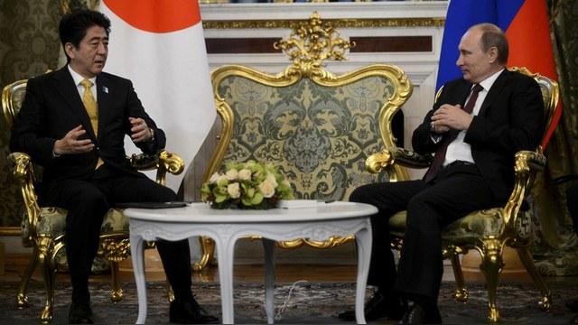Financial Times: Синдзо Абэ намерен вернуть Россию в «Большую восьмерку»