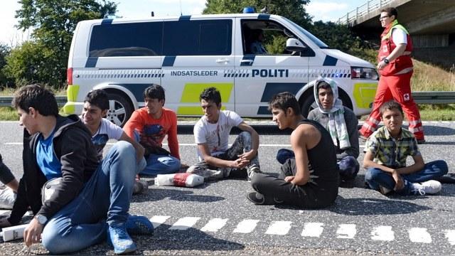 Local: Швеция задумалась о половом ликбезе для детей беженцев