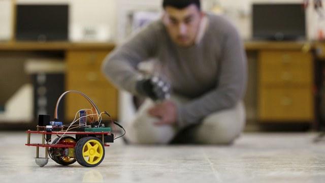 Times: Россия пустилась в гонку за роботами-убийцами
