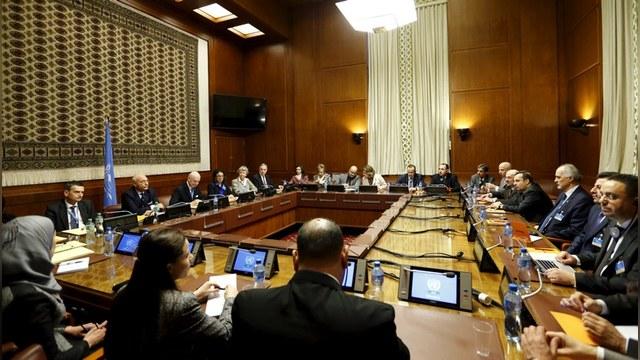 FT: Переговоры в Женеве стали «ширмой» для российской активности в Сирии