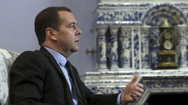 Welt: Германии досталось от Медведева за беженцев-«негодяев»