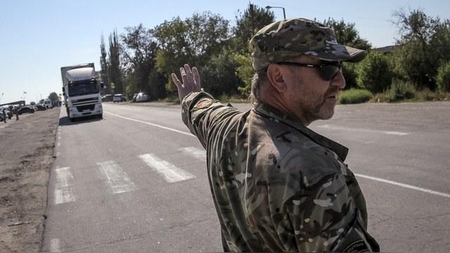 Украинские активисты заблокировали Закарпатье для российских грузовиков