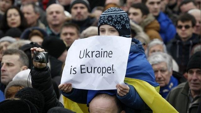 Украинский депутат: Борьба с коррупцией на Украине провалилась