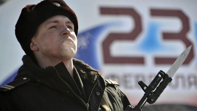 RFI: 23 февраля Россия признается в любви своей армии