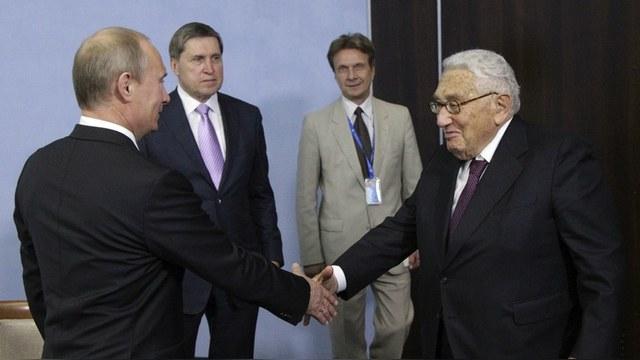 NI: Европа заставляет США бороться с российскими «ветряными мельницами»